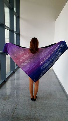 Love a certain range of colors but can never decide on just one? The Cascade shawl lets you blend them all into a cascade of colors. Knit a color gradient or fade one color into another. You decide on the order and on the size of the shawl. Knit all garter stitch or alternate with mesh lace. Make it your own!