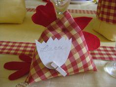 Segnaposto per Pasqua a forma di gallina. Fatto a mano. #handmade #placemark #artigianato #easter