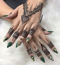 I just got a new batch of fresh jagua gel!  I WILL BE OUT OF TOWN DEC 23rd-28th! BOOK YOUR APPTS NOW FOR THE HOLIDAYS(booking info in my bio) #dallasjnails #nailart #southbeachnails #miaminailtech #miami #swarvoskinails #stilettonails #miaminails #wakeupandmakeup #hudabeauty #makeupslaves #brickellnails #305nails #downtowmiaminails #wynwoodnails #miaminailartist  #fountaineblue #westpalmbeachnails  #floridanails #jaguagel #hennainspo #henna #hennatattoo #freshjagua