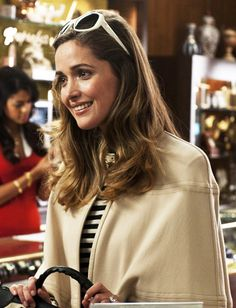 Rose Byrne in Bridesmaids Girl Celebrities, Celebs, Mary Rose Byrne, Cape Dress, Real Women, Role Models, Cool Outfits, Actresses, Hair Styles