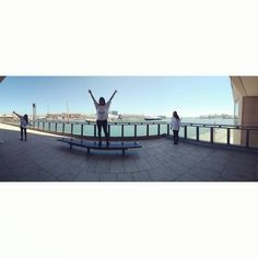 F R E E D O M ���� #bcn #wtcb #panoramic #yaizatriplicada #descansos #work #funny #photography #puerto #entretenidos #tourists #sea #sun http://unirazzi.com/ipost/1491342552748828852/?code=BSyUCZ3BKi0