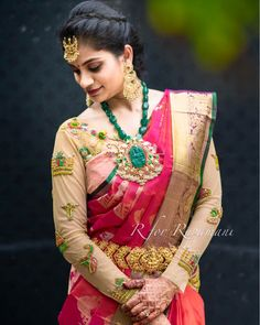 Full Sleeves Net Blouse and Maggam work Bridal Blouse Designs, Saree Blouse Designs, South Indian Bride, Indian Bridal, Tailoring Classes, Saree Look, Gold Fashion, Women's Fashion, Fashion Jewelry