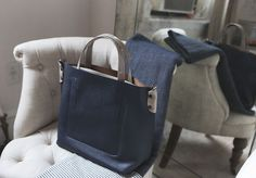 A two tone leather carryall is functional and so chic, perfect. #pennyblack #ny #carryall
