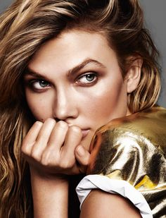 A lesson in bronzing from Karlie Kloss by Alique for Glamour France June 2015