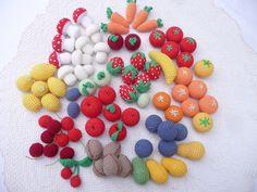 Obst und Gemüse für den Kaufmannsladen Möhre,Pilze,Kirschen, rote Äpfel,  grüne Äpfel,Zitronen,Mandarinen, Birnen,Pflaumen,Tomaten,  für den Kaufmannsladen oder die Kinderküche.Ganz frische...