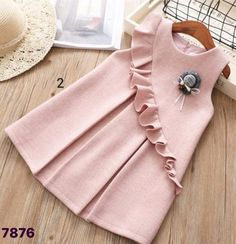 Trendy sewing baby girl dress outfit 43 ideas Little Girl Dresses Baby Dress girl ideas outfit Sewing Trendy Frocks For Girls, Kids Frocks, Little Girl Dresses, Dress Girl, Vintage Baby Dresses, Smocked Baby Dresses, Baby Dress Design, Baby Frocks Designs, Baby Dress Patterns
