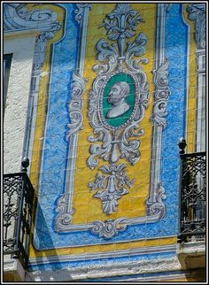This photo from Lisboa, South is titled 'Old Lisbon - detail of a building'. Tile Art, Mosaic Tiles, Glazed Ceramic Tile, Portuguese Tiles, Rue, Street Art, Sculptures, Antiques, Santa Clara