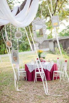 Whimsical outdoor #weddingreception decor I Greer G Photography