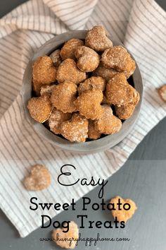 Home Made Dog Treats Recipe, Homade Dog Treats, Sweet Potato Dog Treats, Easy Dog Treat Recipes, Sweet Potatoes For Dogs, Puppy Treats, Healthy Dog Treats, Pet Treats Diy, Homemade Dog Cookies