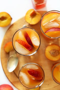 SIMPLE Peach Iced Tea! So refreshing and perfect for hot summer days. The ultimate pool-side refresher.
