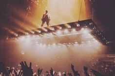 """After Kanye West stirred up controversy for his endorsement of Donald Trump, he ranted again on Saturday (Nov. 19)… this time, calling out Jay Z and Beyonce. During the Sacramento stop of the """"Saint Pablo Tour"""", the rapper said he was hurt by Beyonce, over the 2016 MTV Video Music Awards, where the singer won …"""