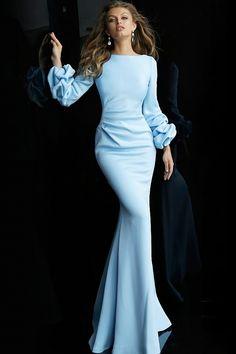 Classy Evening Gowns, Elegant Dresses Classy, Elegant Dresses For Women, Formal Evening Dresses, Elegant Outfit, Classy Dress, Formal Gowns, Casual Dresses, Dress Formal