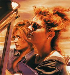 Susan Sarandon & Geena Davis in Thelma and Louise. Susan Sarandon, Iconic Movies, Great Movies, Thelma Y Louise, Geena Davis, Beautiful Old Woman, Serge Gainsbourg, Edward Norton, Pulp Fiction