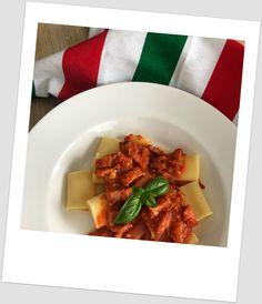 Pasta a la amatriciana (con panceta, tomate, guindilla y queso pecorino)   CocotteMinute