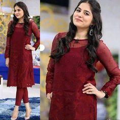 Simple Dresses, Elegant Dresses, Beautiful Dresses, Casual Dresses, Indian Attire, Indian Wear, Pakistani Outfits, Indian Outfits, Colourful Outfits