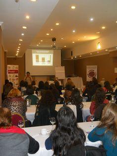 """Formación Protéifine para Profesionales de la Salud  Durante el transcurso del día, la Licenciada en Nutrición María Emilia Mazzei, dio en el Hotel Ker Recoleta, una """"Jornada de Capacitación Exclusiva a Profesionales de la Salud"""", en la cual participaron más de 50 de diferentes especializaciones.  http://www.ysonut.com.ar/newsletters/formacion_27-08-2014/formacion_27-08-2014.html"""