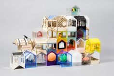 Διάσημοι αρχιτέκτονες φτιάχνουν κουκλόσπιτα