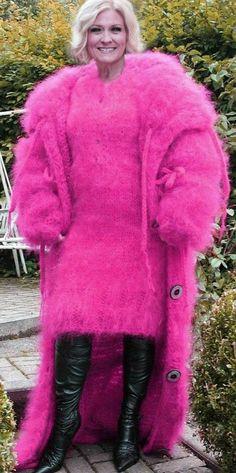 truemohairlover Sweater Dress Outfit, Knit Dress, Wool Coat, Fur Coat, Sexy Dresses, Short Dresses, Gros Pull Mohair, Angora, Mohair Sweater