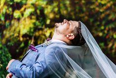 Un mire fericit! Fotografie de nunta