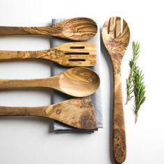 kitchen utensils This 5 Piece Kitchen Utensil Set made from Sustainably sourced olive wood looks great in any modern, country or rustic kitchen. These utensils have been crafted by ar Kitchen Cutlery, Kitchen Utensil Set, Wooden Kitchen, Rustic Kitchen, Kitchen Dining, Boho Kitchen, Olive Wood Cutting Board, Cooking Utensils Set, Cooking Dishes