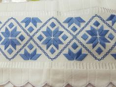 Swedish Embroidery, Blackwork Embroidery, Embroidery Art, Embroidery Designs, Bargello Needlepoint, Straight Stitch, Canvas Patterns, Cross Stitch Patterns, Sewing Projects