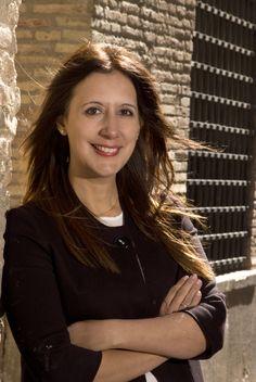 Dolores Redondo retrato oficial