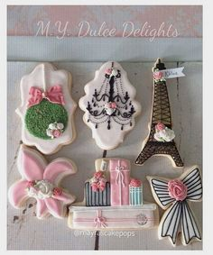 "Mayra Rodriguez on Instagram: ""Obsessing on these parisian Cookie Collection #paris #decoratedcookies #mayrascakepops #mydulcedelights"""
