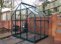 Vitavia Saturn 8' x 6' Green Greenhouse (complete with base)