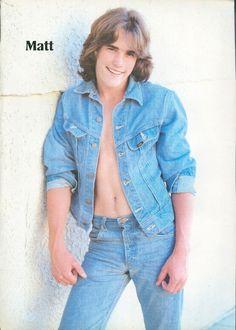 """MATT DILLON - SHIRTLESS - SCOTT BAIO - TEEN BOY ACTOR 11""""x8"""" MAG POSTER PINUP 32"""