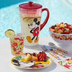 Cozinha Do Mickey Mouse, Mickey Mouse Kitchen, Disney Kitchen, Disney Home, Disney Fun, Disney Cruise, Disney Stuff, Disney Dishes, Estilo Disney