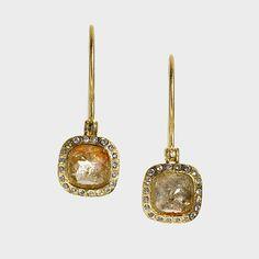 trde480-sq5 | 18ky gold, green/yellow fancy cut diamonds(3.755ct), white brilliant cut diamonds(.176ct), raw diamond cube(.01ct)