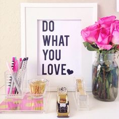 Do what you love free printable from @chicfetti