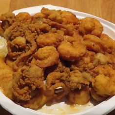 Clam Recipes, Seafood Recipes, Fried Clams Recipe New England, Great Pizza, Delicious Restaurant, Fish Tacos, Fritters, Appetizers, Calamari