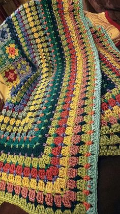 Transcendent Crochet a Solid Granny Square Ideas. Wonderful Crochet a Solid Granny Square Ideas That You Would Love. Crochet Afghans, Motifs Afghans, Afghan Crochet Patterns, Crochet Stitches, Blanket Crochet, Rug Patterns, Point Granny Au Crochet, Granny Square Crochet Pattern, Crochet Squares