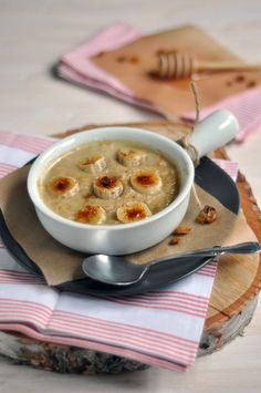 Oatmeal with Torched Bananas, Gluten-free