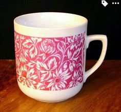 Mugs, Retro, Tableware, Dinnerware, Tumblers, Tablewares, Mug, Retro Illustration, Dishes