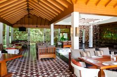 Breakfast? No better place to than to the brilliant Bistro at the Diwa Club #AlilaDiwaGoa #Holiday #Food #Goa