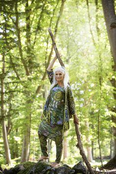 Gudrun Sjödéns Sommerkollektion 2014 - Tunika, Rock, Hose und Strickjacke sind von diesem Modell erhältlich.