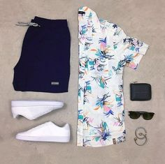 celebrating anniversary with tay (insta post) Trendy Mens Fashion, Men Fashion Show, Stylish Mens Outfits, Casual Outfits, Tomboy Fashion, Beach Outfits, Outfit Grid, Mens Clothing Styles, Menswear