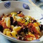 Baccalà con le olive e pomodorini.