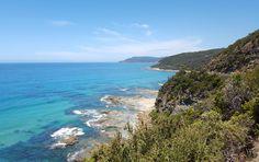 #greatoceanroad #emerald #beach #sunny #windy by bart_heonyong