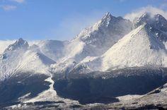 Turistom v Tatrách pomáha internetová stránka aj aplikácia High Tatras, Tatra Mountains, Snow Skiing, Bratislava, Capital City, Mount Everest, Natural Beauty, Europe, In This Moment