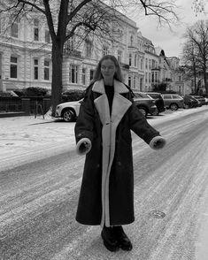 """Marie von Behrens on Instagram: """"🤗"""" Marie Von Behrens, New Trends, Videos, Monochrome, Winter Fashion, Raincoat, Winter Jackets, Chanel, Seasons"""