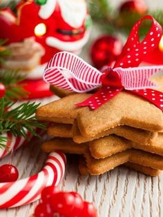 25 Recipes for Your Gluten Free and Allergen Friendly Christmas Cookie Exchange Christmas Cookie Exchange, Christmas Sweets, Christmas Candy, Lush Christmas, German Christmas, Christmas Breakfast, Country Christmas, Merry Christmas, Christmas Bingo Cards
