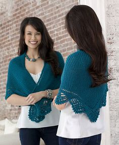 Simply and pretty lace edged shawl free knitting pattern.