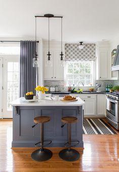 Marble Top Kitchen Island, Green Kitchen Island, Modern Kitchen Island, All White Kitchen, Kitchen Colors, Kitchen Design, Kitchen Ideas, Marble Counters, Kitchen Peninsula