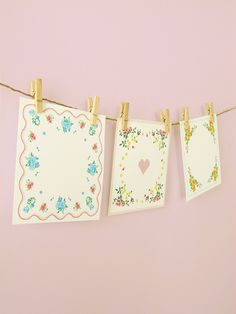 And perhaps my favourite – vintage-hanky-printables! Perfect for notes.