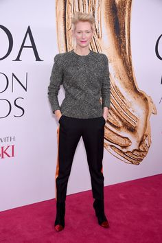 Tilda Swinton aux CFDA Awards 2016