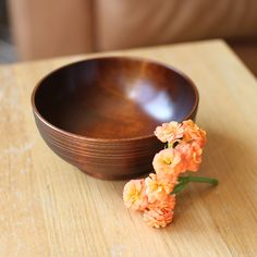 Small Bowl with Lines by Maiko Okuno
