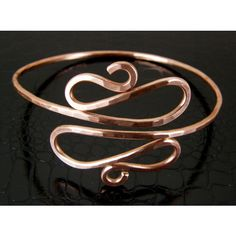 Copper Wire Upper Arm Snake Cuff Bracelet (180 DKK) ❤ liked on Polyvore featuring jewelry, bracelets, copper wire jewelry, i love jewelry, arm cuff jewelry, beaded jewelry and hammered cuff bracelet